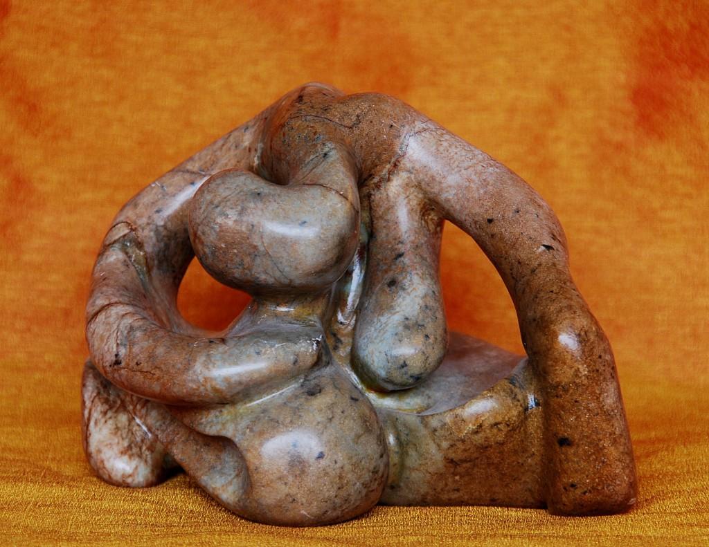 Femme recueillie (sculpture)